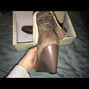 New - Laura Ashley Spencer Ankle Boots Sz 9M Taupe